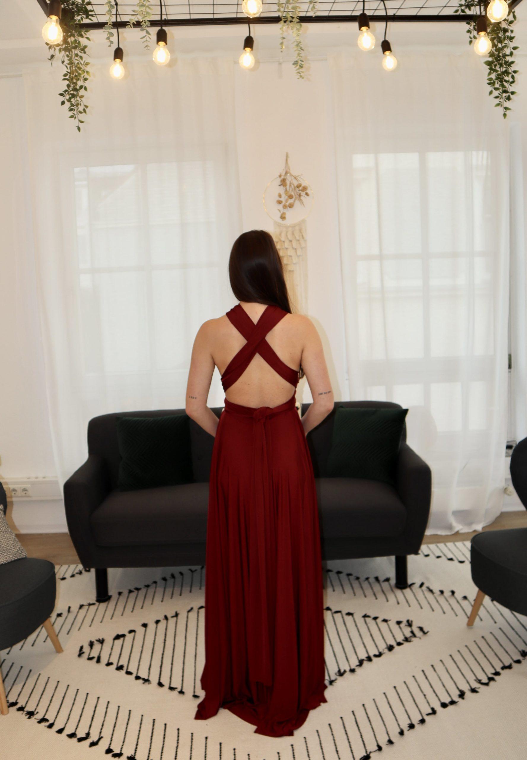 brautatelier ried-brautjungfernkleider-bridesmaids-two birds ny-long dress-burgundy-ruecken-1