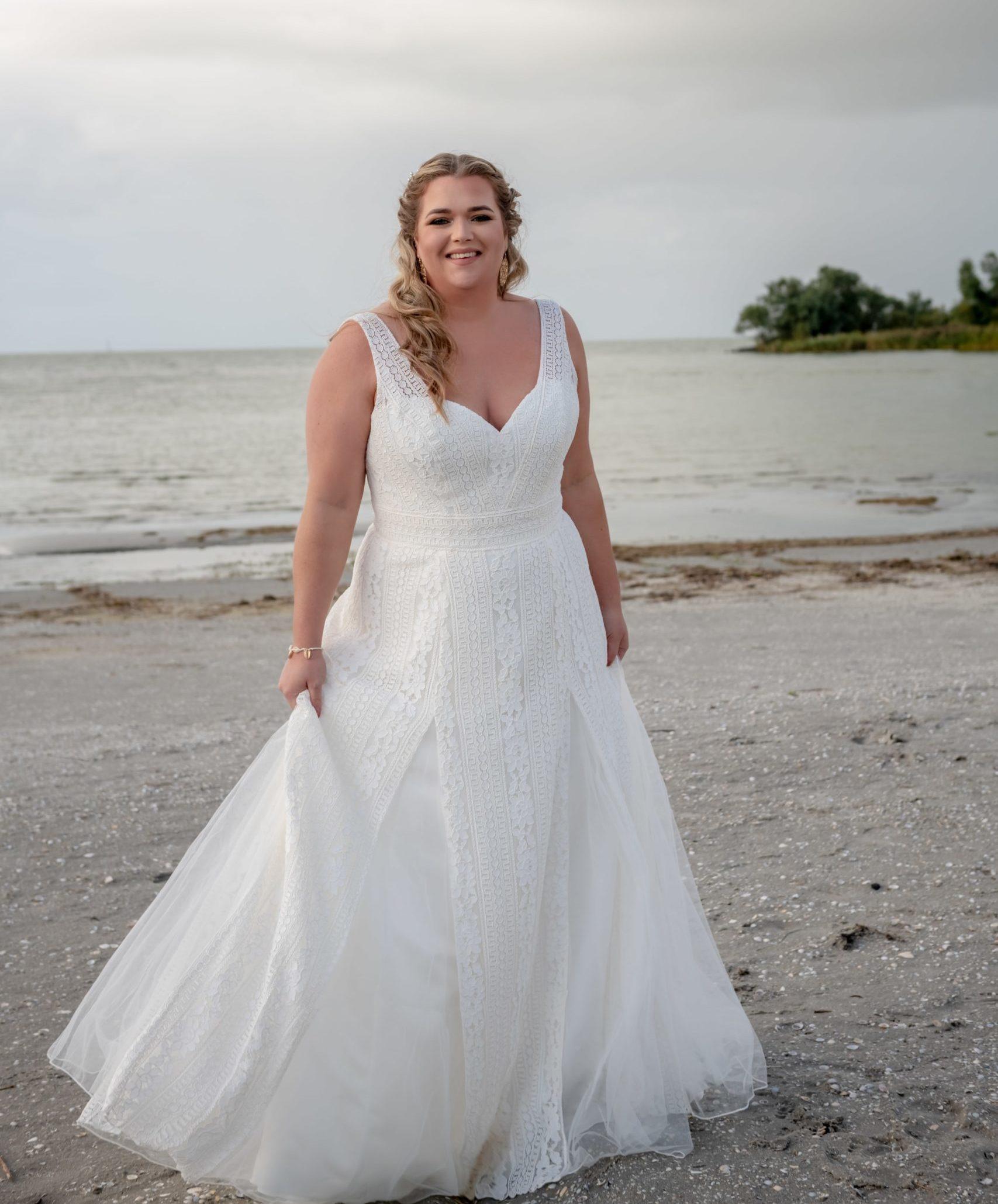 brautatelier ried-curvy bride collection-bridalstar-Gigi-vorne-1-min