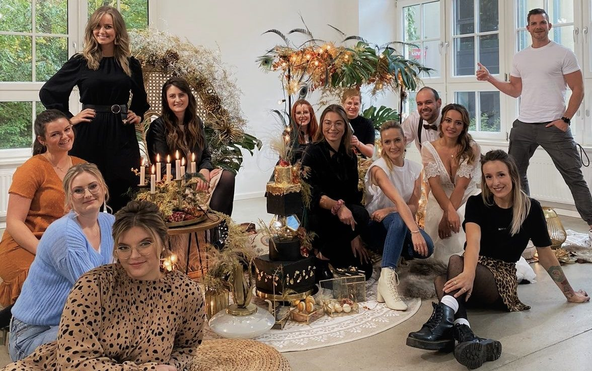 brautatelier ried-styled shooting-muenchen-crew picture-1-min