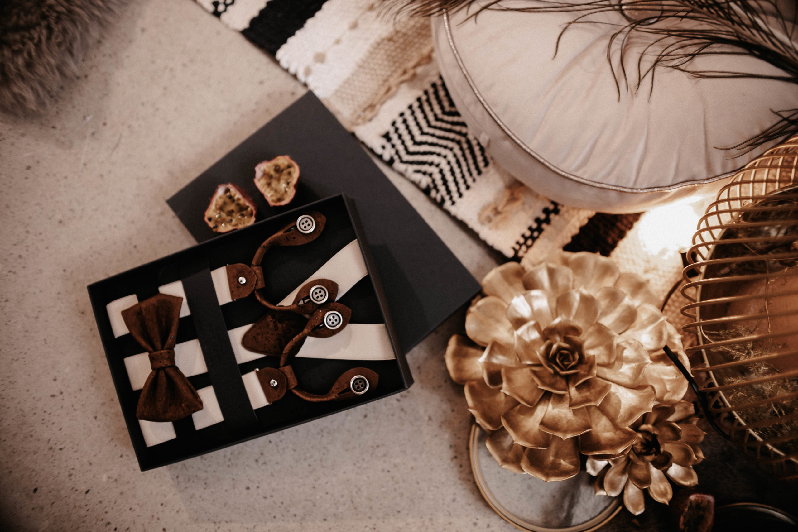 brautatelier ried-styled shooting-muenchen-wedding accessoires-man-panorama-1